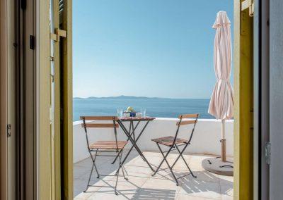 PANASEA_VILLA_NAXOS_Master Bedroom_verandah (Large)